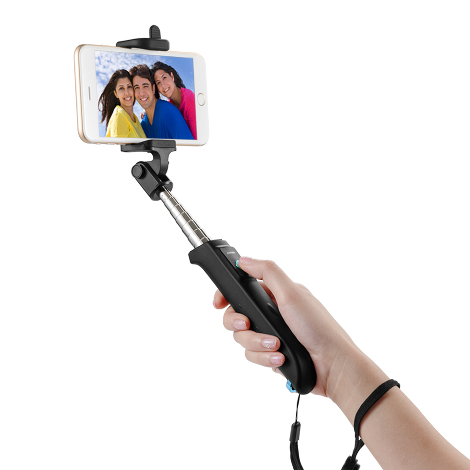 anker bluetooth selfie stick extendable bluetooth monopod with built in remote shutter. Black Bedroom Furniture Sets. Home Design Ideas